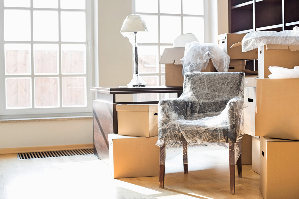 comment bien d m nager ses meubles stock en box. Black Bedroom Furniture Sets. Home Design Ideas