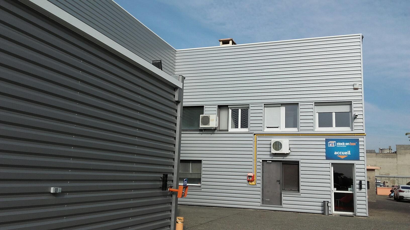 facade-stockenbox